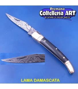 ART - Coltello damascato con manico in corno